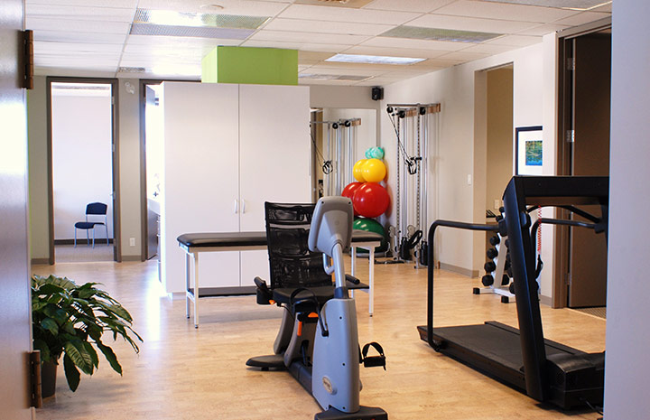 Cornerstone Physiotherapy College Station Clinic gym area