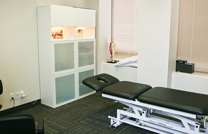 Cornerstone Physiotherapy Downtown Toronto private treatment room