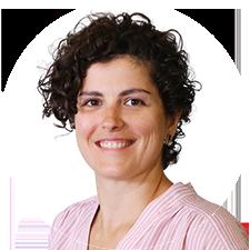 Headshot of Toronto Physiotherapist Hayley Shannon