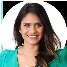 Headshot of Toronto Physiotherapist Rosalina Mahendran